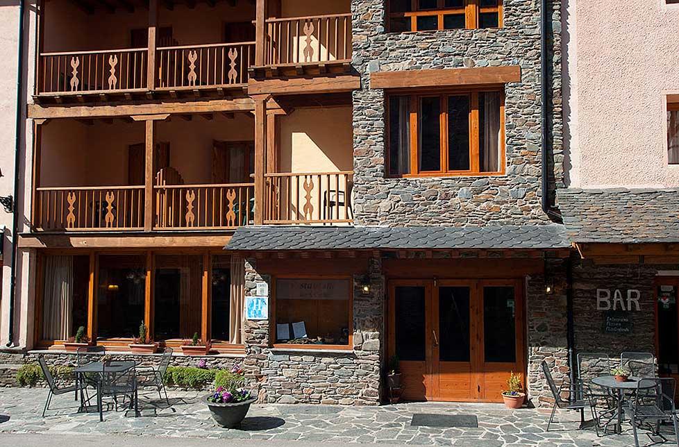 Entrada Hotel Llacs de Cardós Tavascan